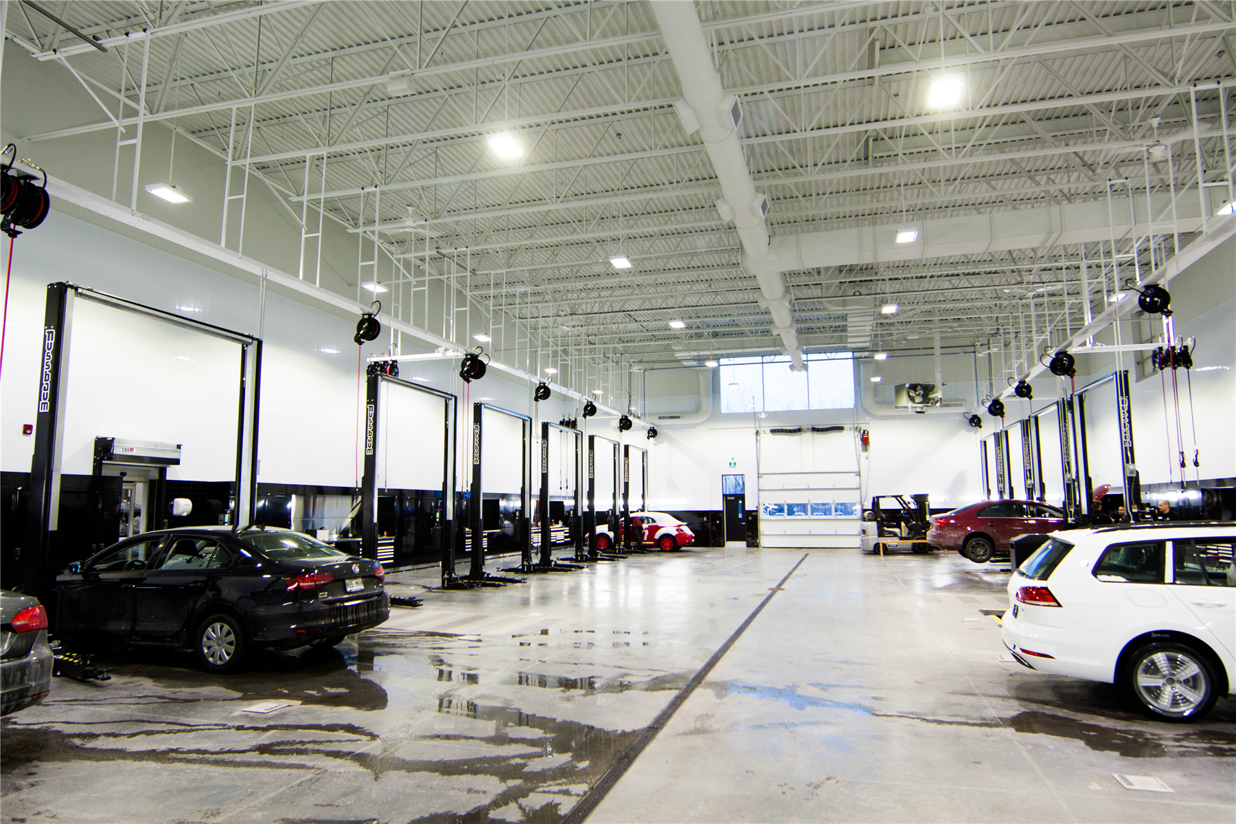 Volkswagen Car Dealership, Canada